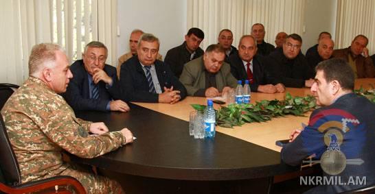 Глава Минобороны Арцаха представил деятелям науки и культуры ситуацию на передовой