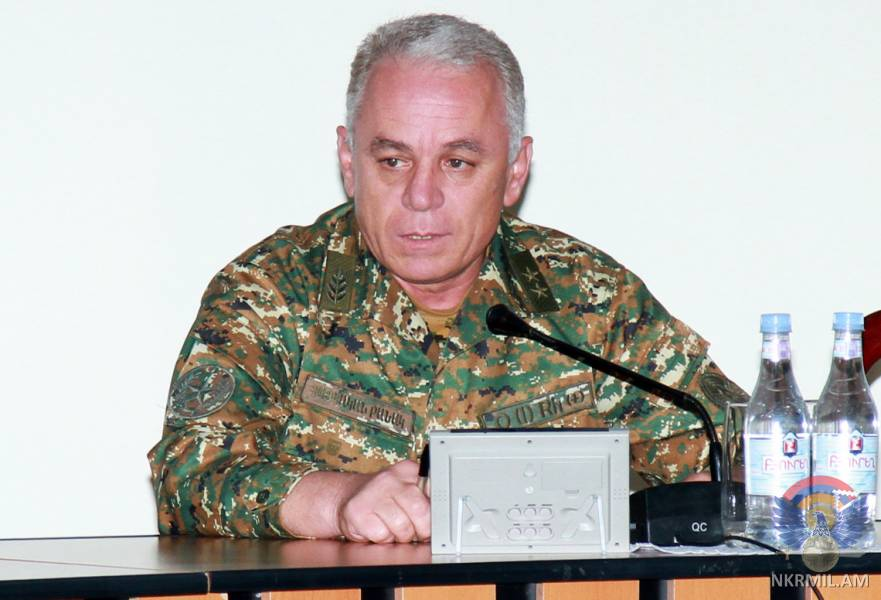 Министр обороны Арцаха провел служебное совещание