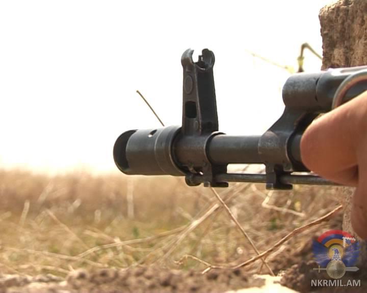 Минобороны НКР: ВС Азербайджана ночью применили снайперские винтовки и гранатомет